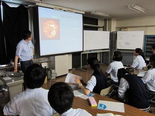 IMG_0969研究所セミナー室.JPG